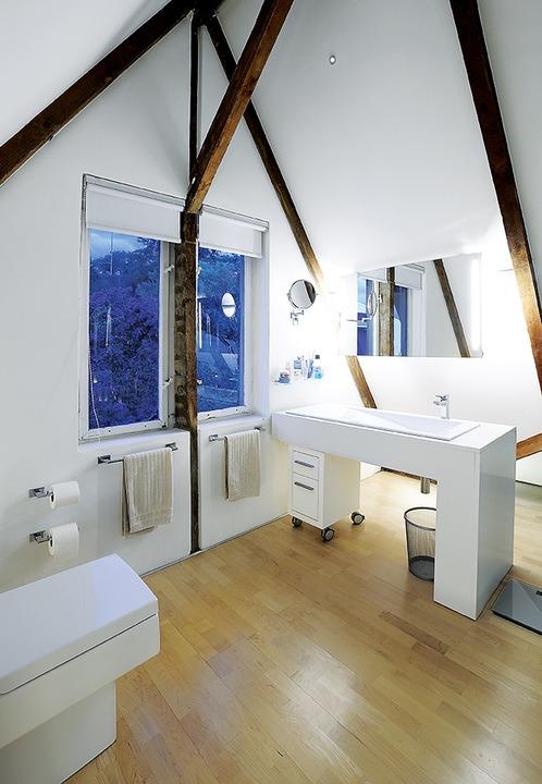 Bathrooms / Sanware by: Geberit and Duravit.