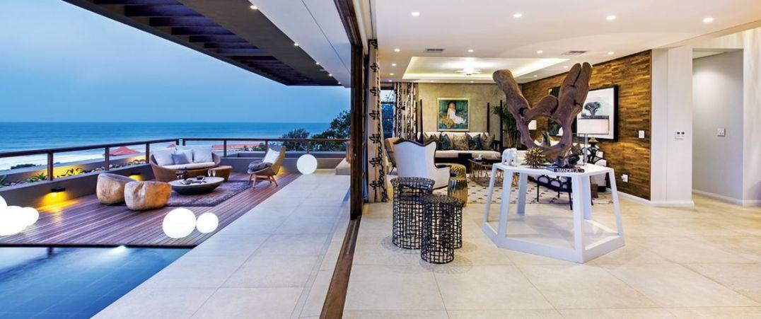 The essence of ocean-side living demands indoor / outdoor flow.