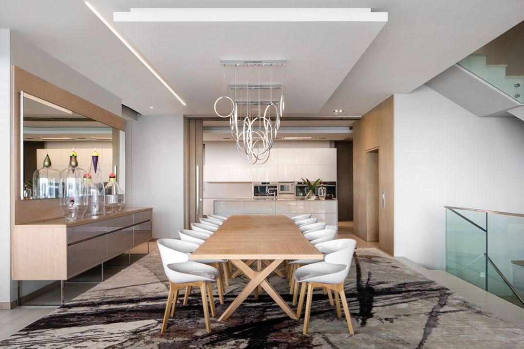 The dining area features a server with the proportions to handle catering for larger groups with seating for ten.