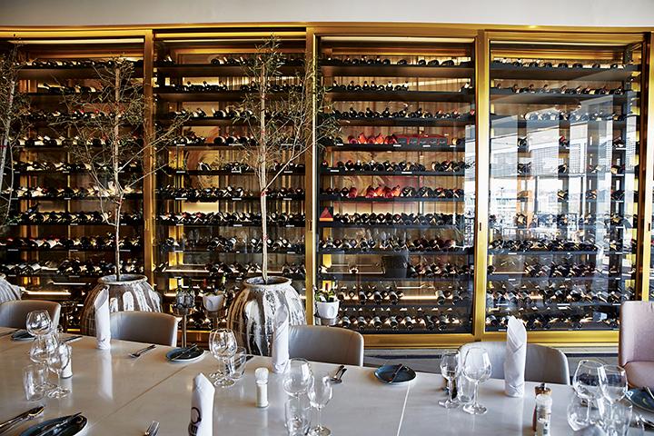 Forti Grill & Bar - Interior by Graeme Wyllie (HR) 12