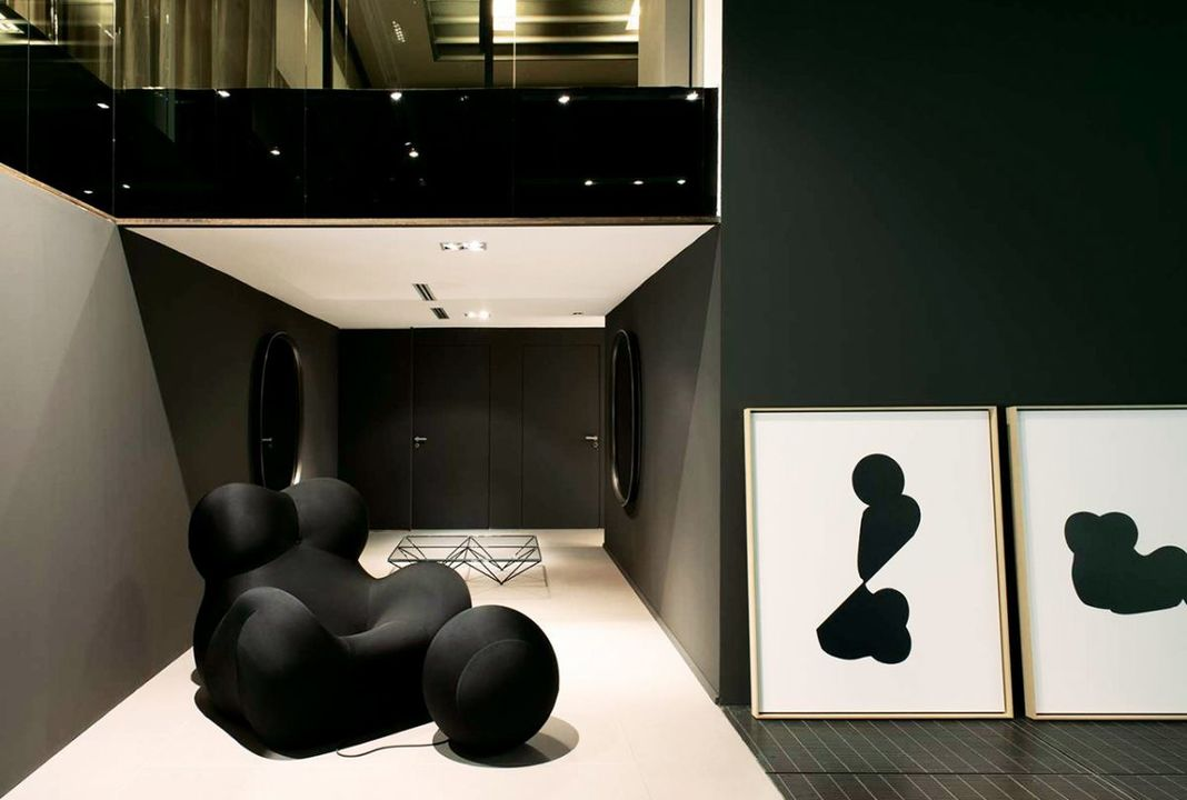 Serie Up 2000 by B&B Italia; available from Il Lusso
