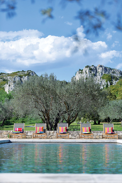 6 - The Alpilles surround the outer reaches of the property