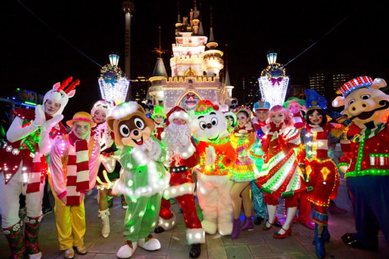 The reason why you should go to Lotte World this winter