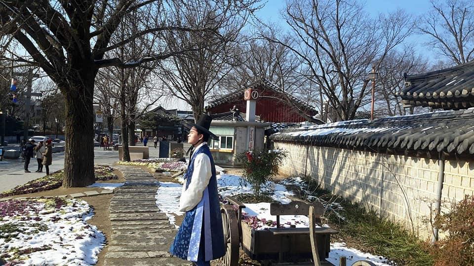 Wearing Hanbok in Freezing Temperature at Jeonju Hanok Village
