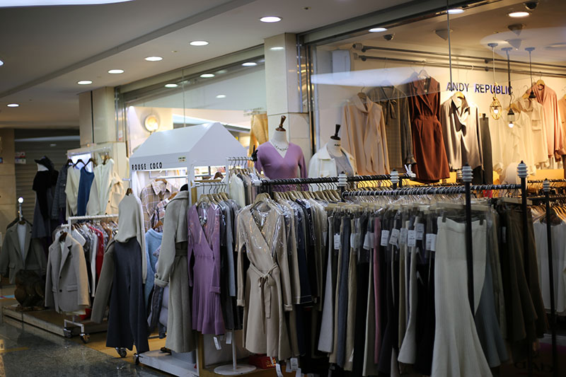 Best Place For Shopping In Seoul! #GoToMall #Express Bus Terminal Underground Shopping Mall