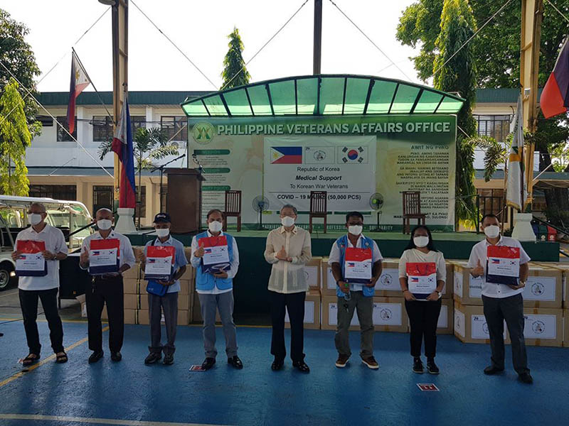 Embassy of the Republic of Korea to the Philippines donates 50K Masks to Korean War Veterans