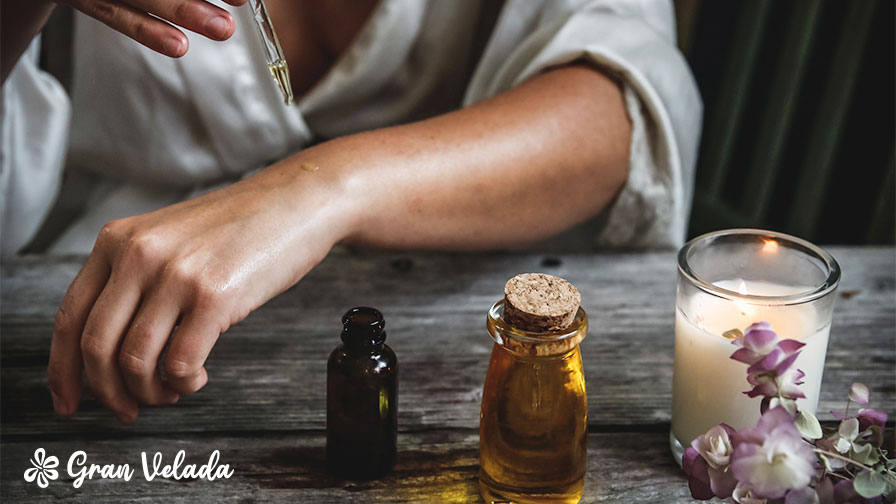 Aceites esenciales, cosmetica y aromaterapia