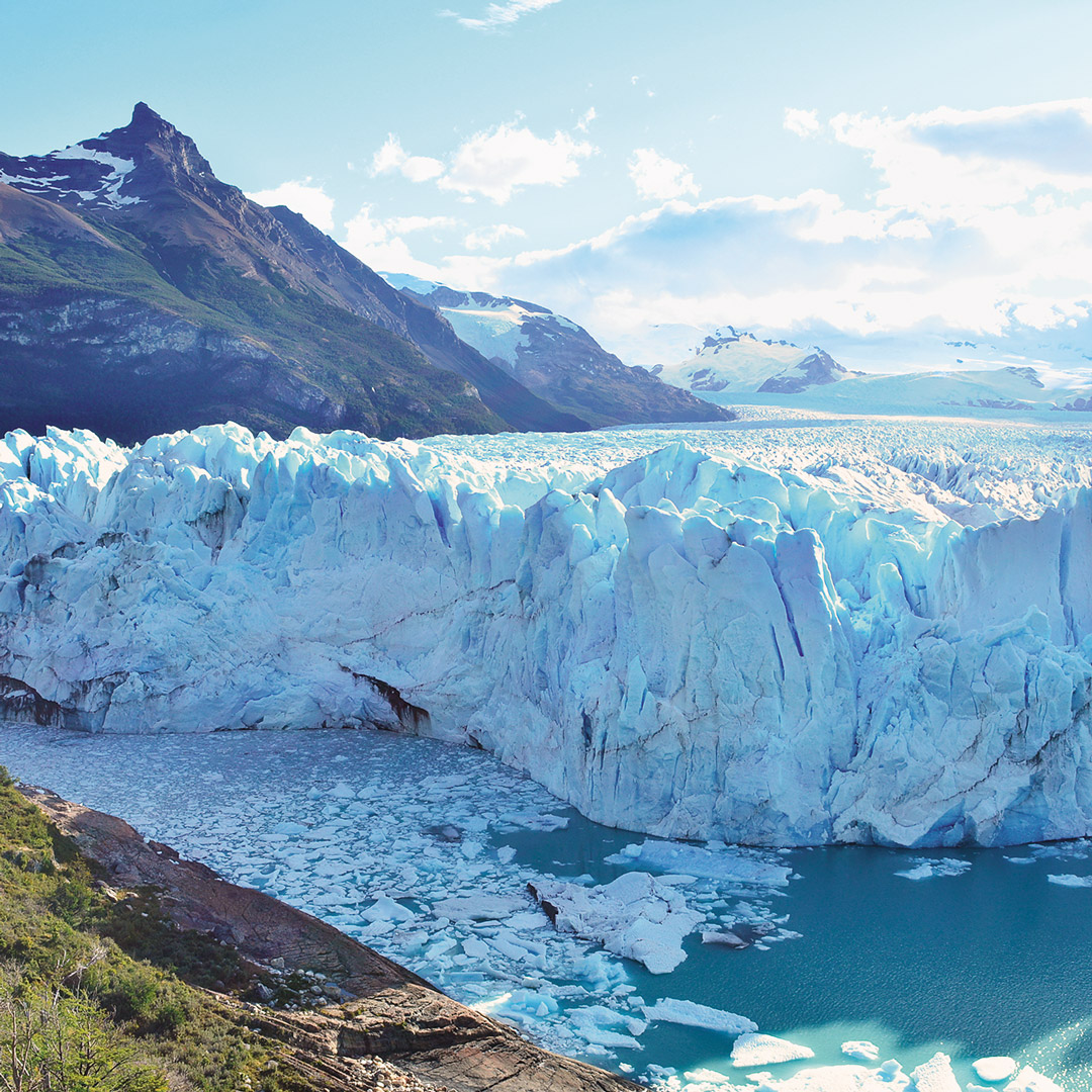 the icy glacier of Perito Moreno in Patagonia's Parque Nactional Los Glaciares
