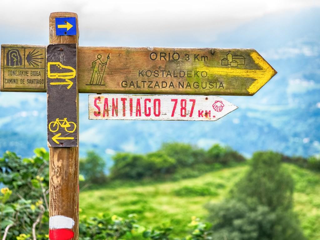 sign for the Camino de Santiago