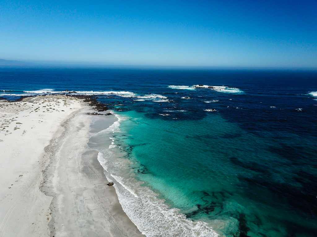 photo of playa blanca with clear blue-green water