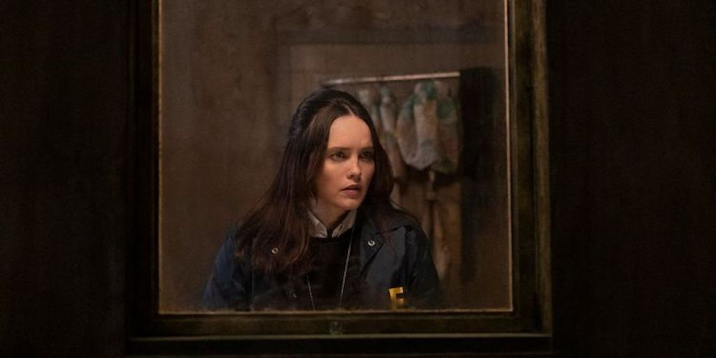 clarice-cbs-rebecca-breeds-clarice-starling-social-featured