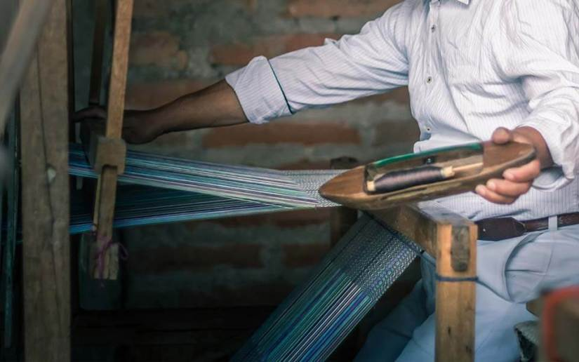 tejidos-artesanos-hacienda-pinsaqui-otavalo-ecuador