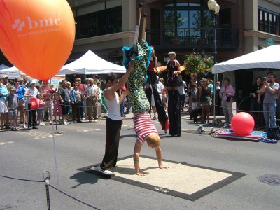 Stilt show at the Bite of Bend