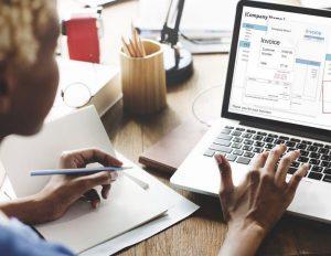 Ce program alegi pentru facturare in cazul unui magazin online?