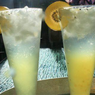 Kiwi Gin Cooler Cocktail