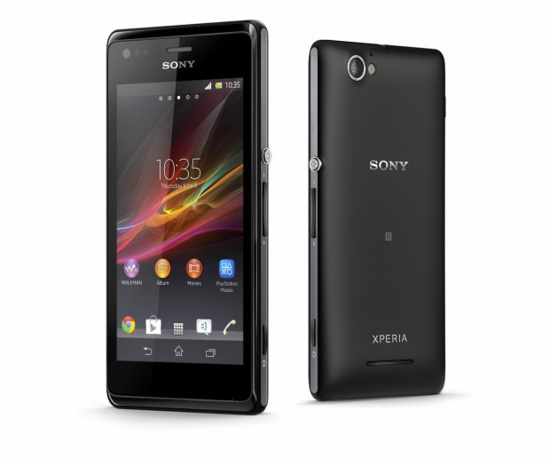 13_Xperia_M_Dual_Group_Black