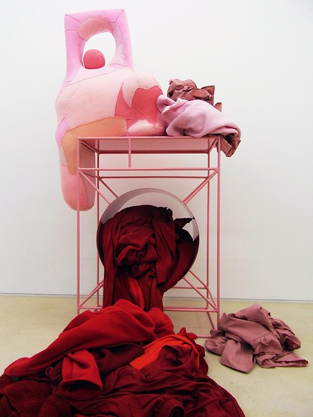 Washing machine, by Jonathan Baldock
