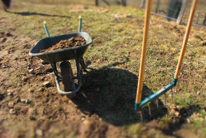 Hadenn vend quelques outils et fournitures pour jardiner bio