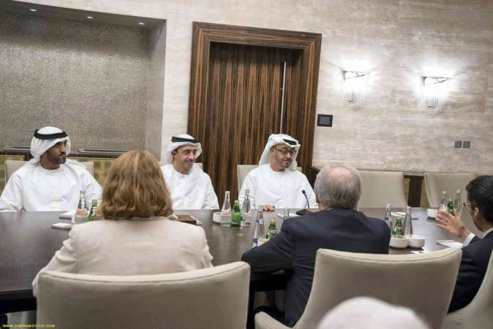 Sheikh Mohammed bin Zayed Al Nahyan, Crown Prince of Abu Dhabi and Deputy Supreme Commander of the Armed Forces (right), and Sheikh Abdullah bin Zayed Al Nahyan meet members of The Washington Institute for Near East Policy at Al Shati Palace. Hamad Al Kaabi / Crown Prince Court
