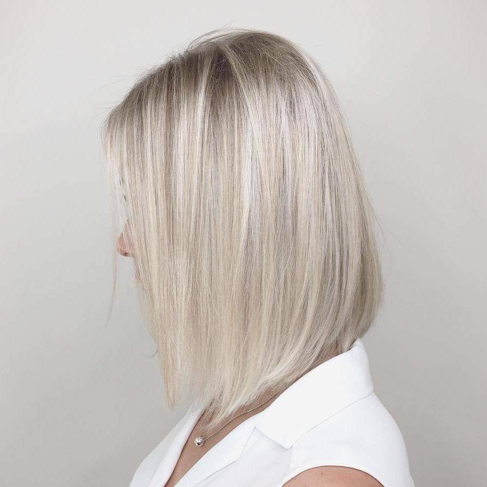 Light Blonde Sleek Thin Lob