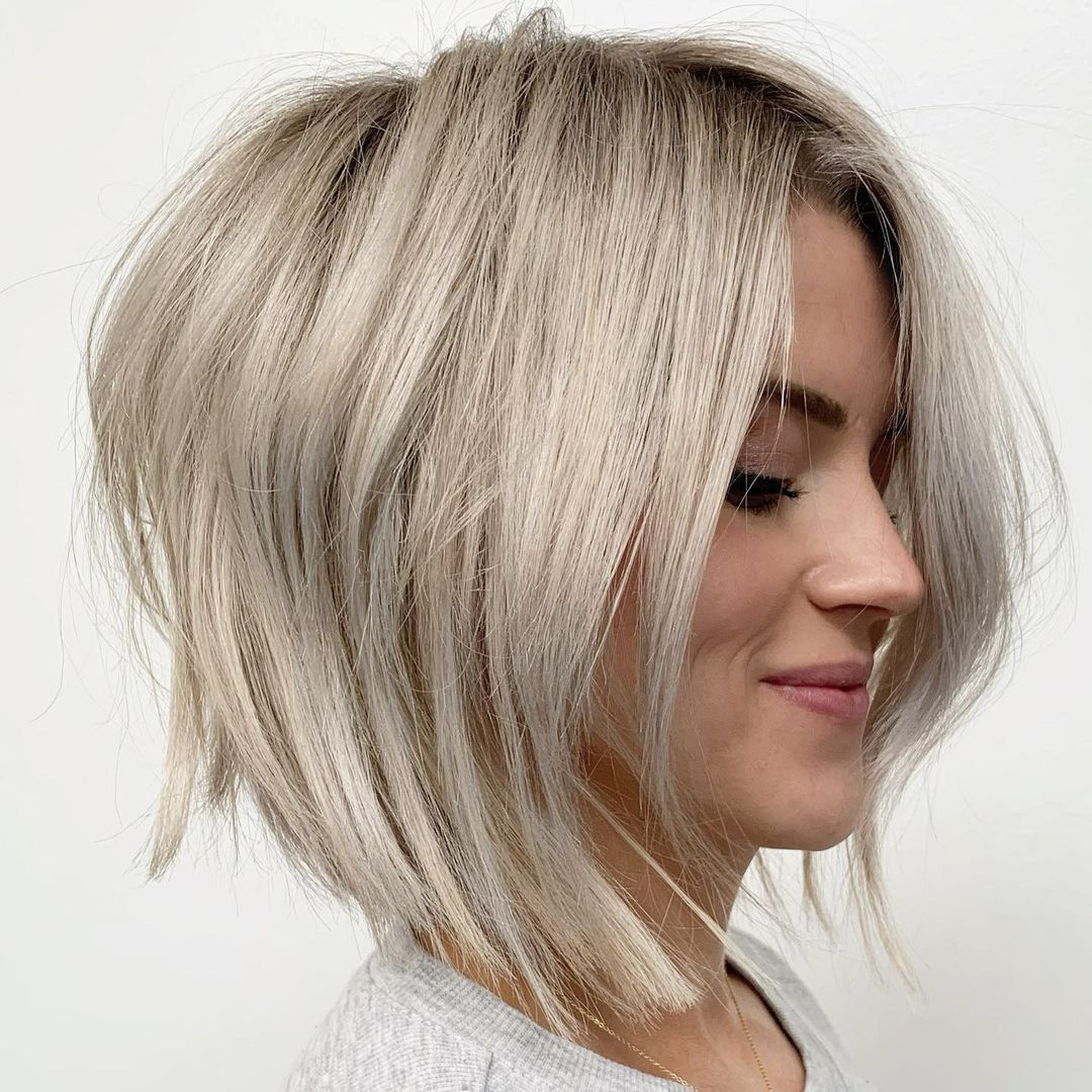 Inverted Lob for Fine Hair