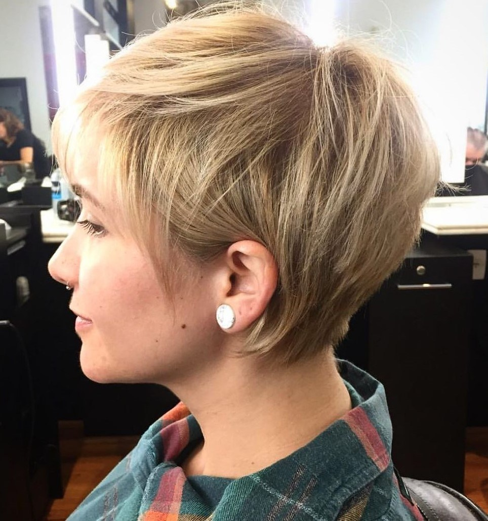 Short Tapered Hairstyle for Thin Hair