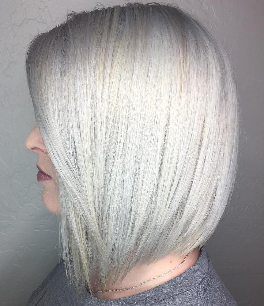 Sleek Silver Lob with Root Lift for Fine Locks
