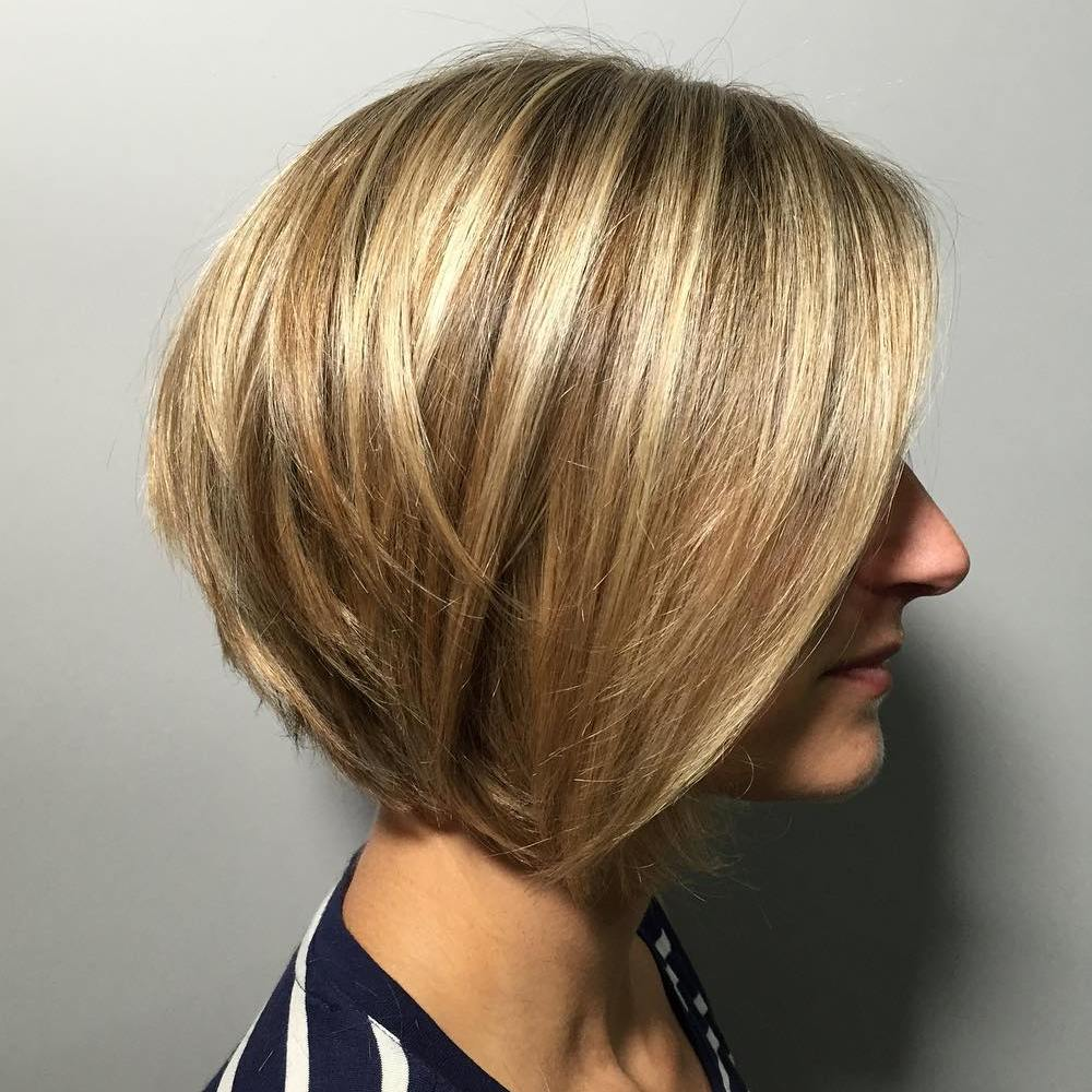 Golden Bronde Layered Bob for Shorter Hair