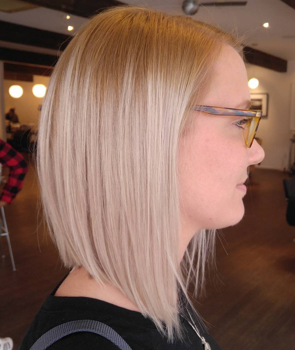Light Blonde Lob for Fine Hair