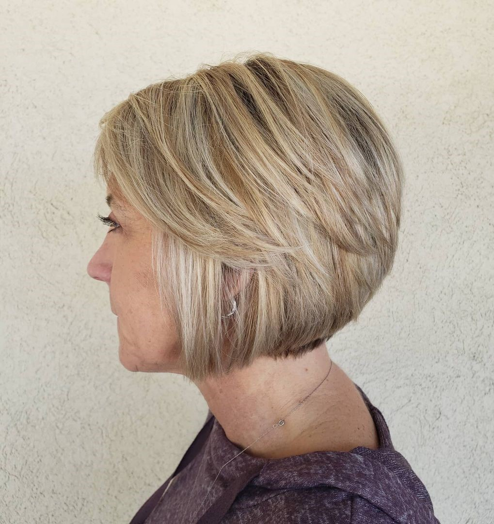 Chin-Length Bob for Women to Look Younger