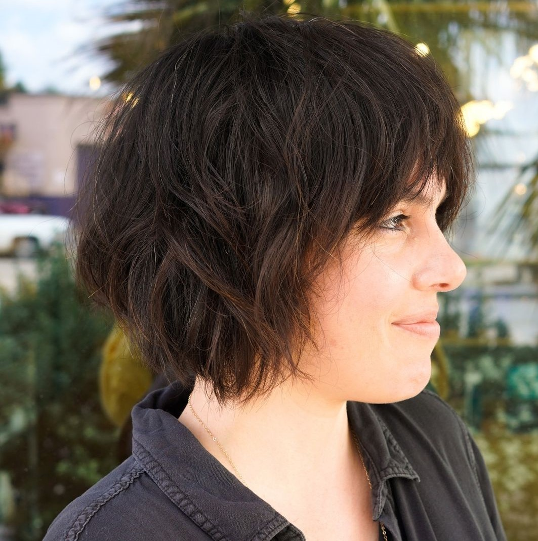 Messy Bob Haircut with Shaggy Layers