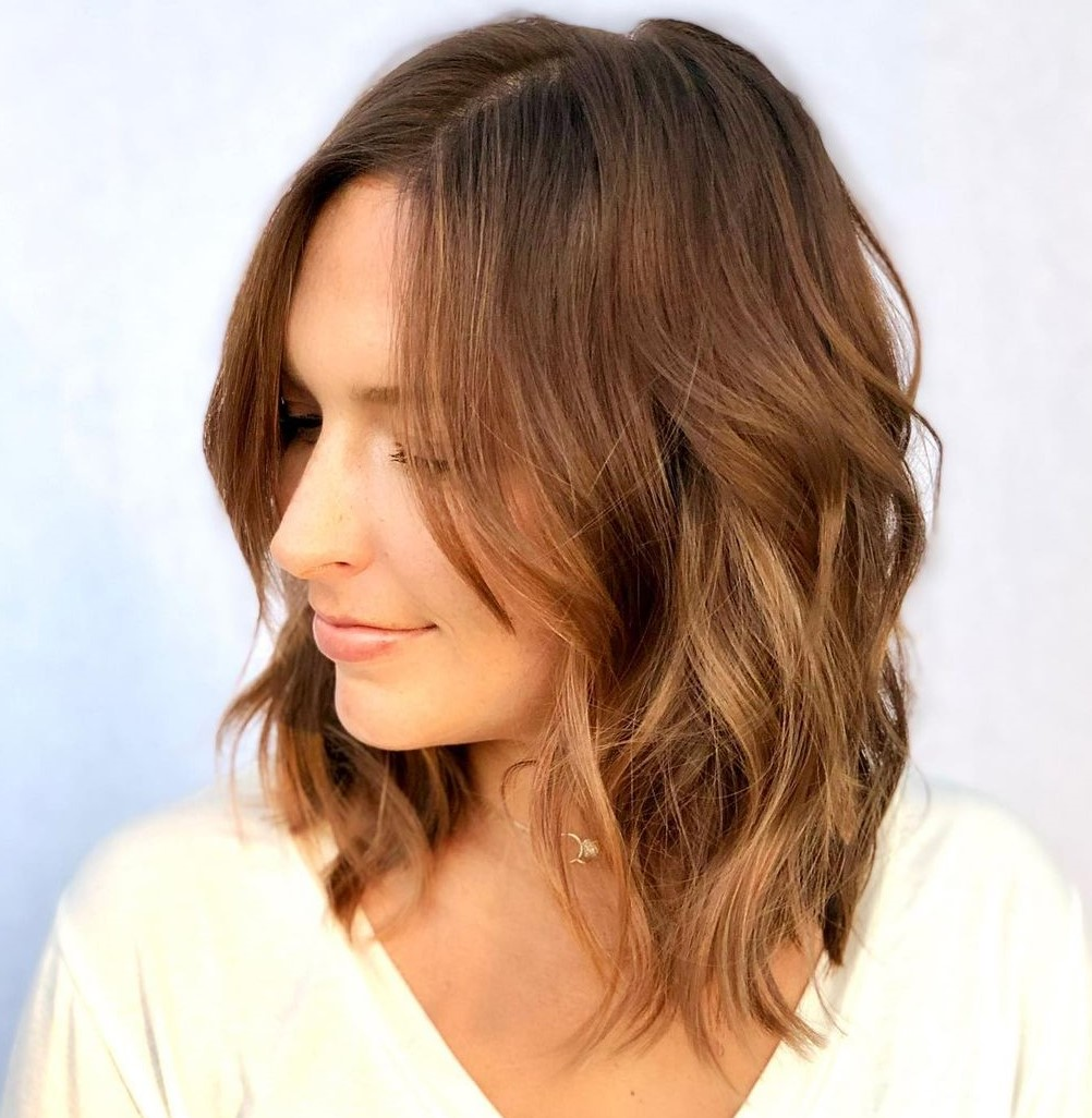 Medium Layered Hairstyle for Fine Hair