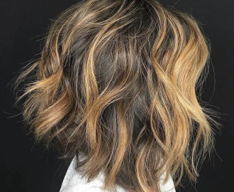 Chic Tousled Bob with Soft Waves