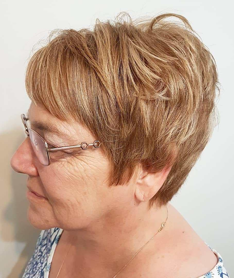 Short Caramel Blonde Hairstyle with Layers