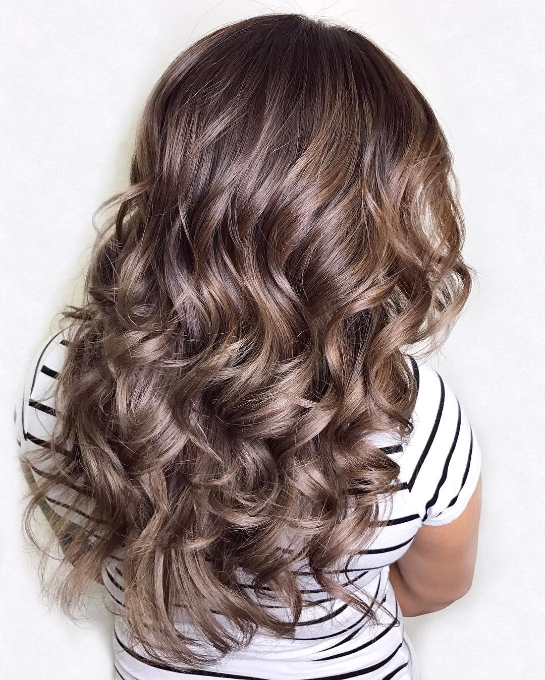 Layered Hairstyle for Long Curly Hair