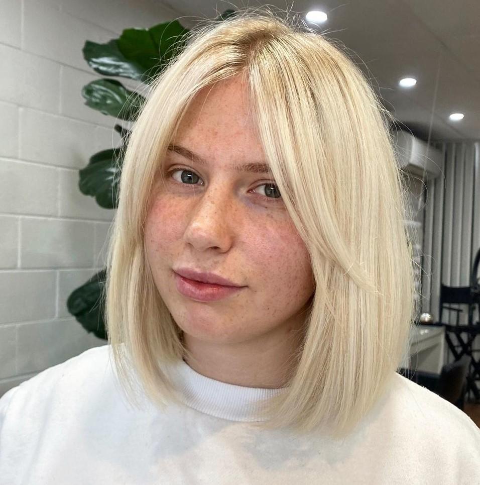 Delicate Blonde Collarbone Bob