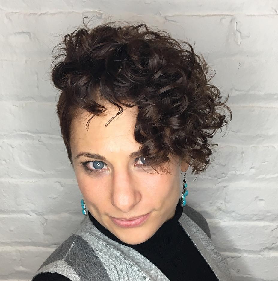 Low-Maintenance Wavy Undercut Haircut