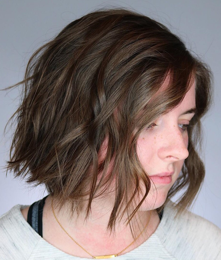 Razored Brown Bob with Waves
