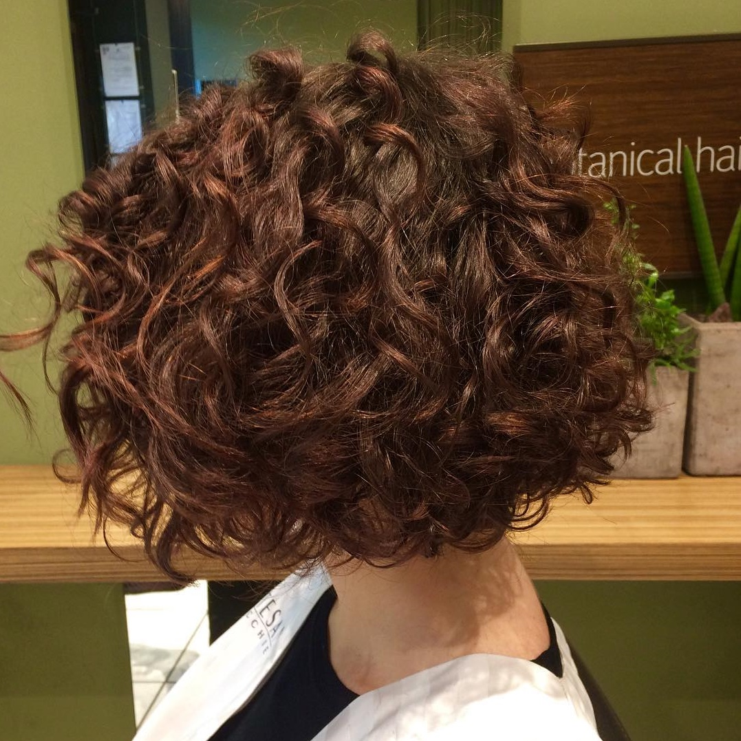 Thick Bob for Wavy Curls