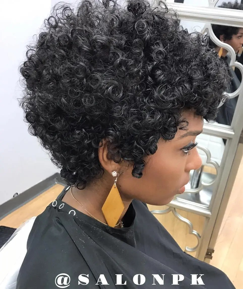 Elongated Tapered Cut for Natural Curls