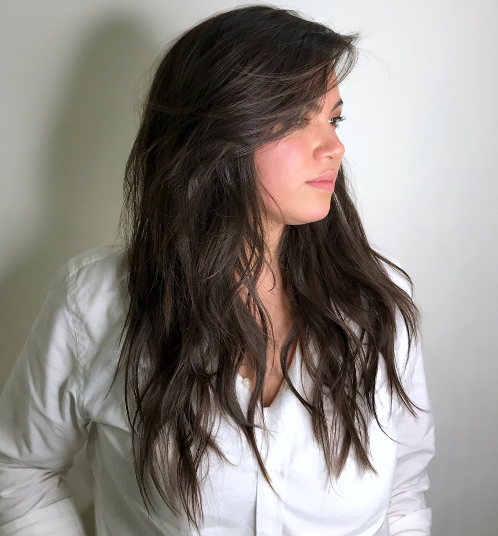 Cute Hairstyle with Soft V-Cut Layers
