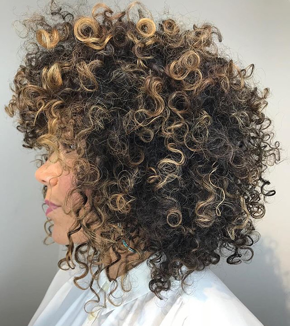 Medium Highlighted Hairstyle for Natural Curls