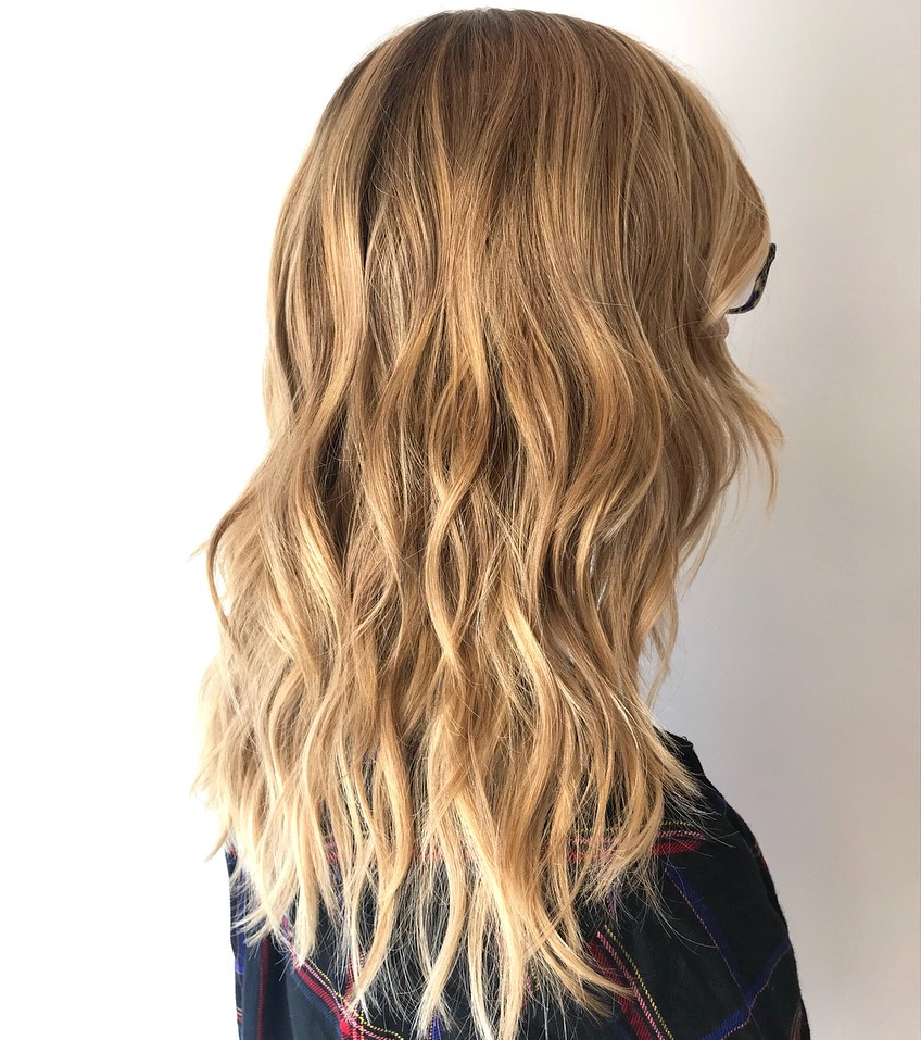 Soft Blonde Hairstyle with Shaggy Layers