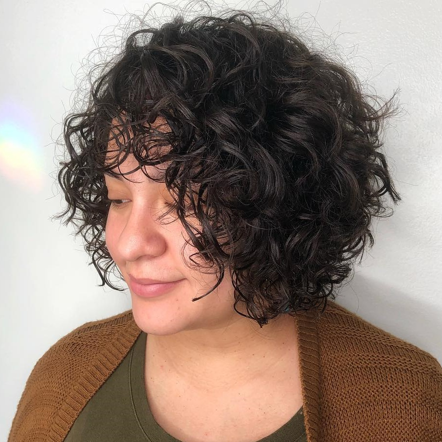 Short Curly Hair With Bangs And Layers 28