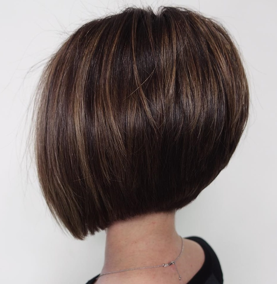 Stacked Bob Cut with Volumizing Layers