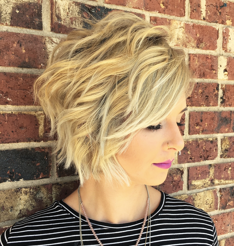 Messy Bob with Short and Long Layers