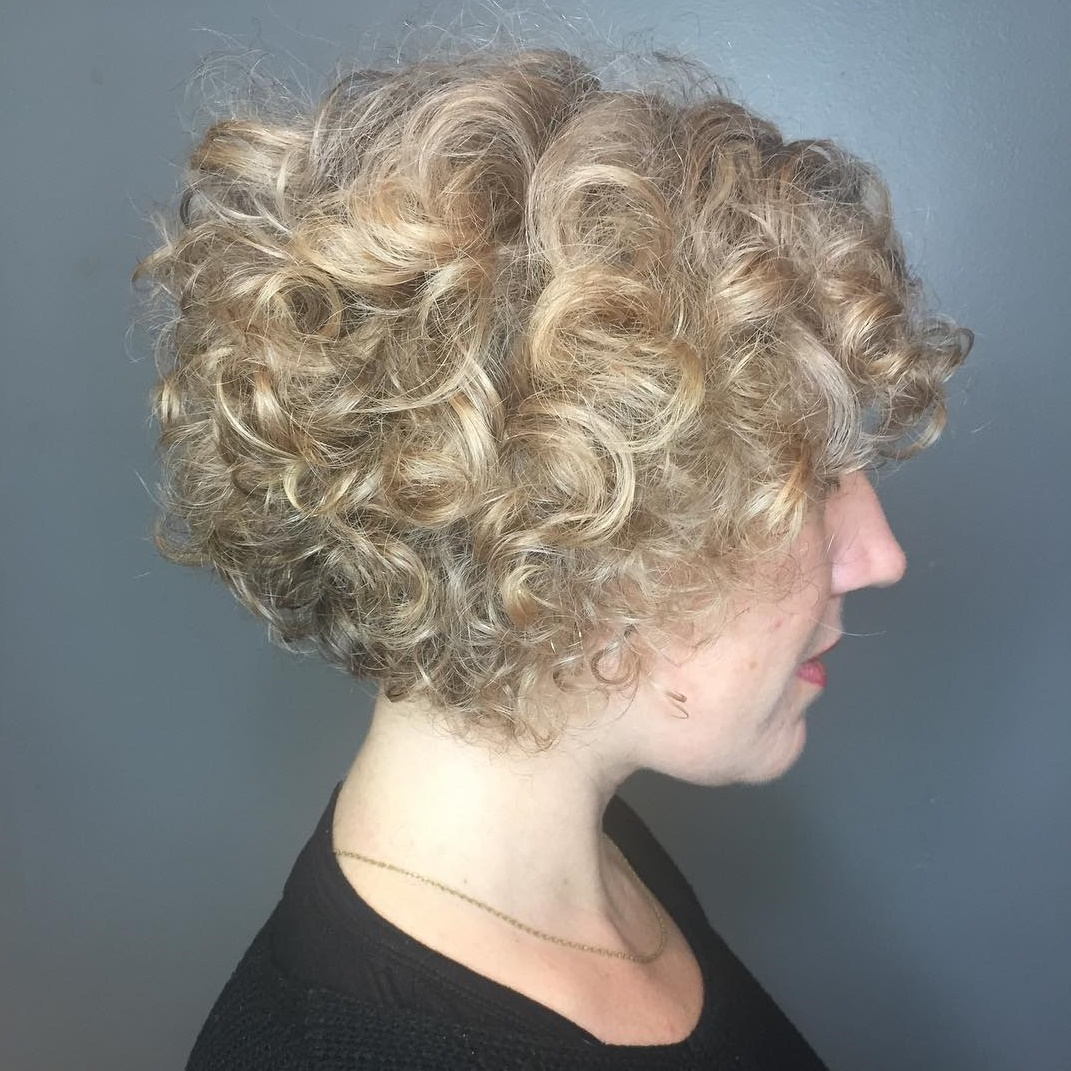 Stacked Curly Bob