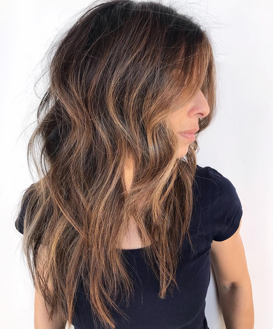 Messy Brunette Hair with Caramel Highlights