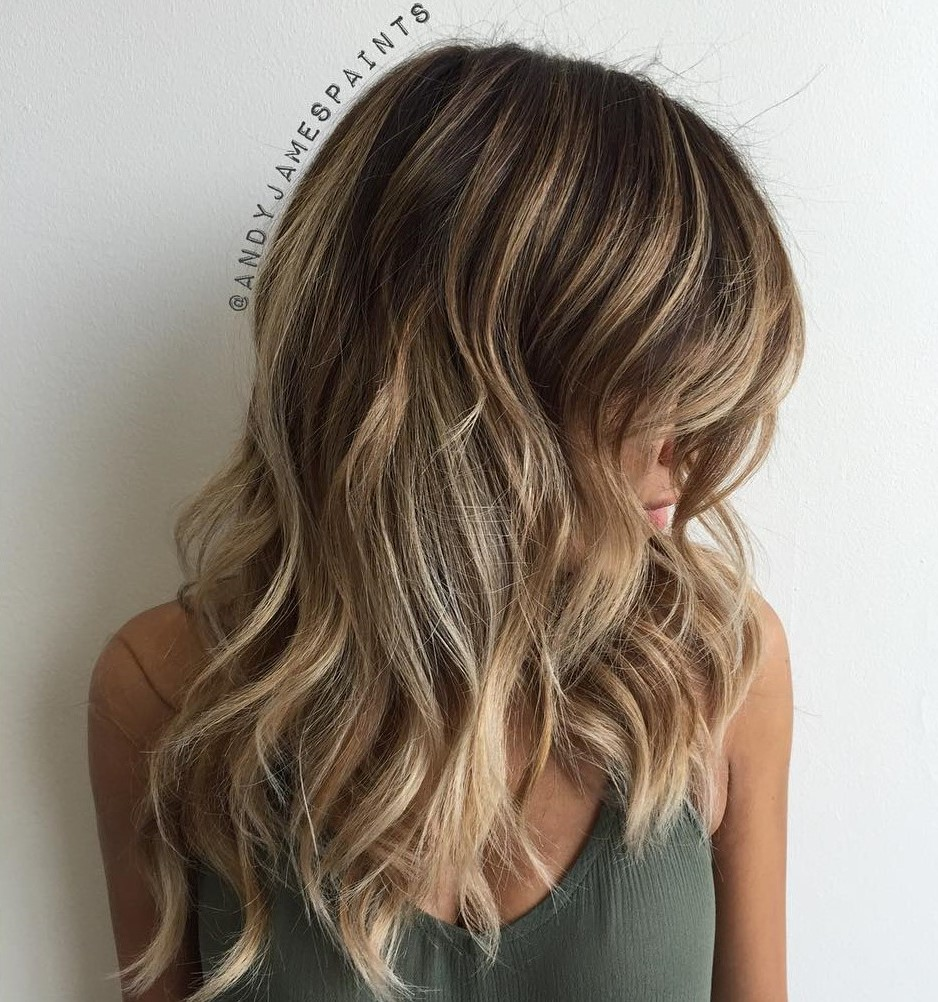 Long Wavy Layered Hair with Blonde Balayage