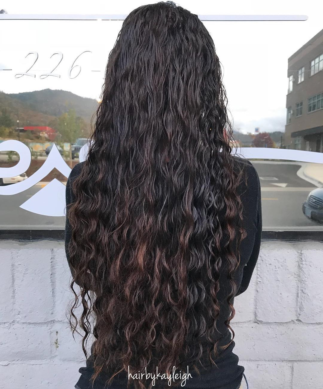 Extra Long Hair with Loose Perm Waves